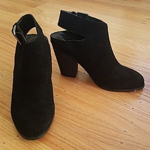 Women's Carlos Santana Black Suede Leather Booties
